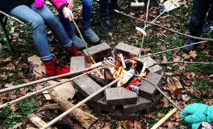 Feuer bei der Eröffnung des Naturerlebnisgartens
